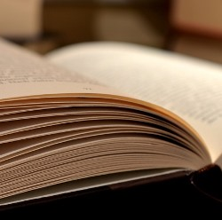 book-520610_960_720